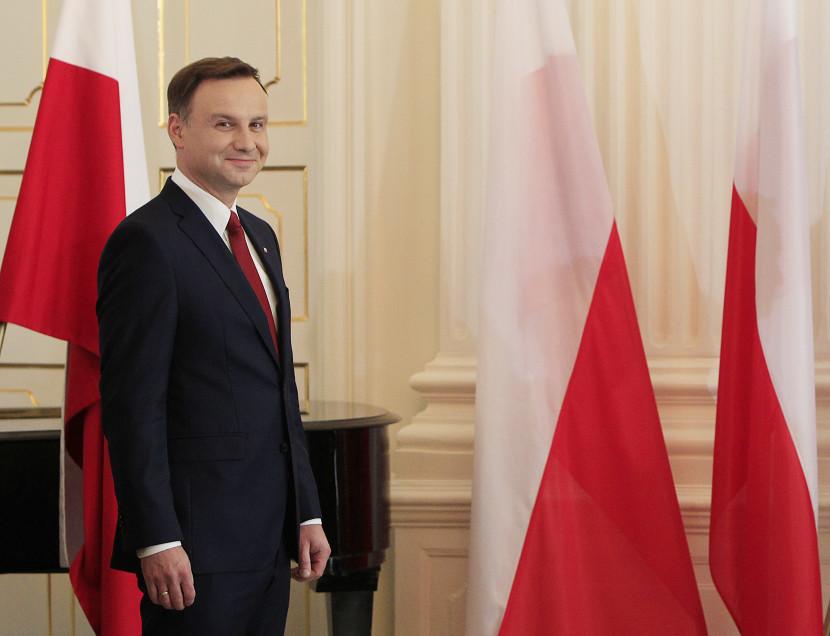 Duda požiadal poľskú vládu, aby sa vyvarovala zásadných zmien