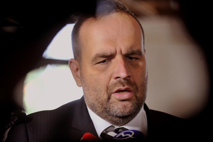 SDKÚ chce počet slovenských vojakov zvýšiť na 15-tisíc
