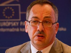 Európska únia musí čeliť súčasným výzvam spoločne, tvrdí Maňka