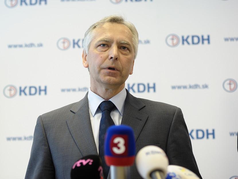 Figeľ : Pre Slovensko som zachránil dve miliardy eur