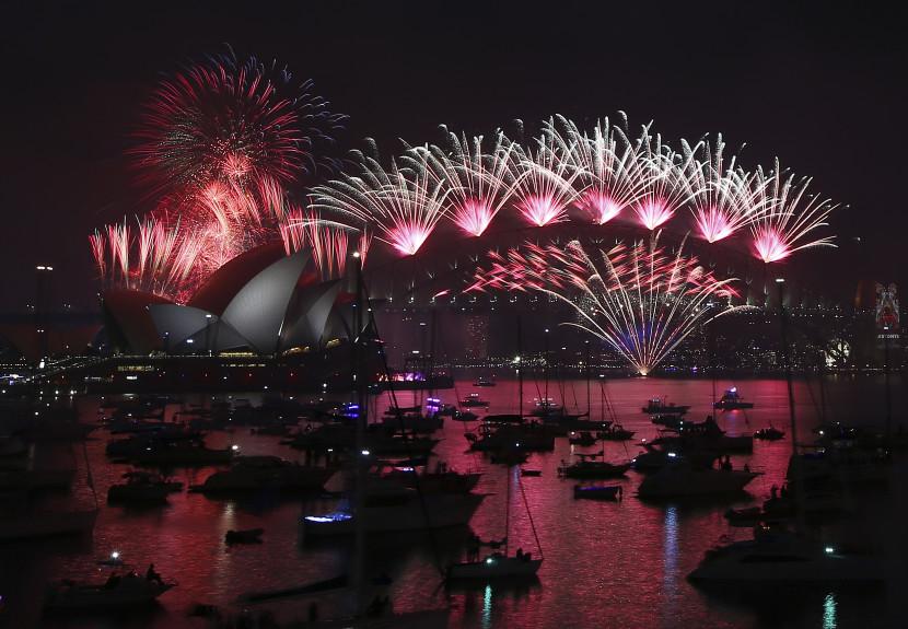 Sydney privítalo nový rok tradičným veľkolepým ohňostrojom