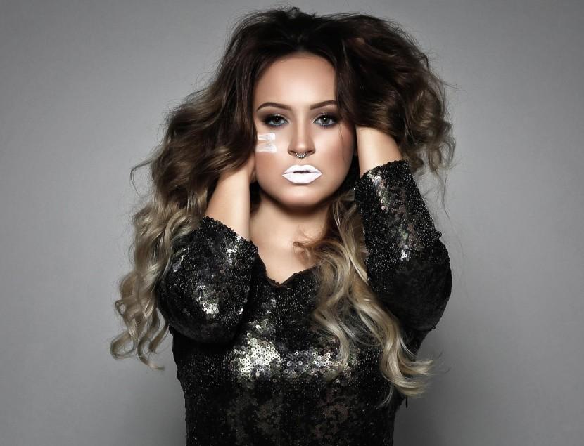 Dominika Mirgová vydáva album Armáda. Vypočujte si ukážky
