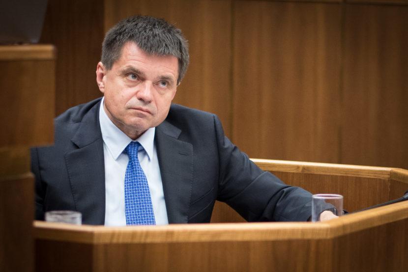 Útok opozície pramení z neznalosti problematiky, reaguje Plavčan