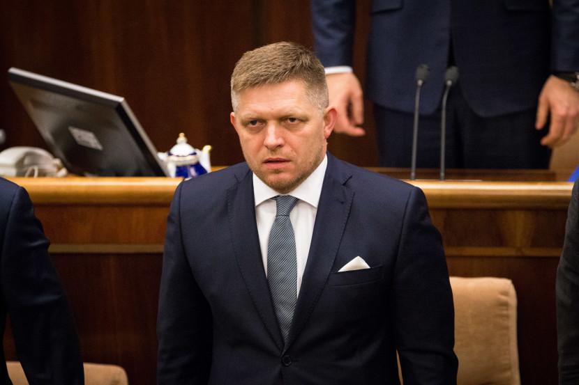 Máme problém? Zahraničné firmy sa na Slovensku boja pádu vlády!