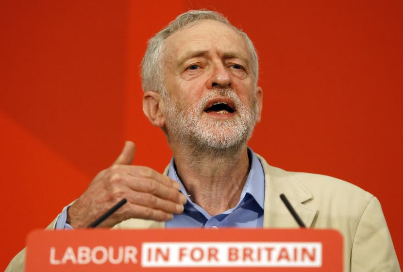Bulvár sa pustil do Corbyna: Bol vraj sovietskym špiónom a v spojení s ŠtB