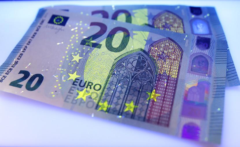 Poslanci z OĽaNO navrhujú čiastočné odškodnenie klientov nebankoviek