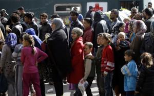 Zúfalí Taliani žiadajú pomoc Európy, problémom migranti: Ak nepomôže, chcú urobiť toto