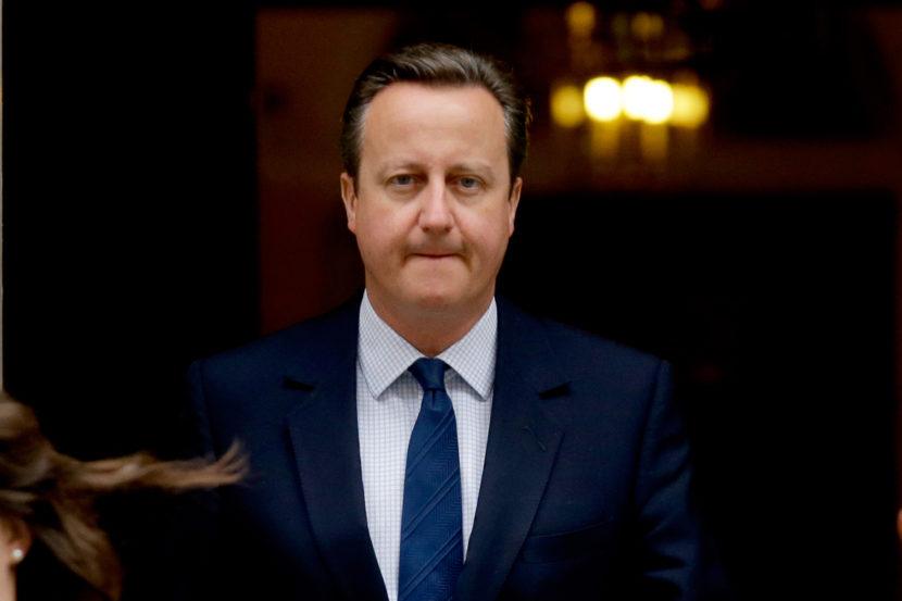 Ďalšie zlé správy pre Britov. Agentúry S&P a Fitch im znížili rating