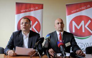 Členovia Republikovej rady SMK kritizujú výstavbu ciest