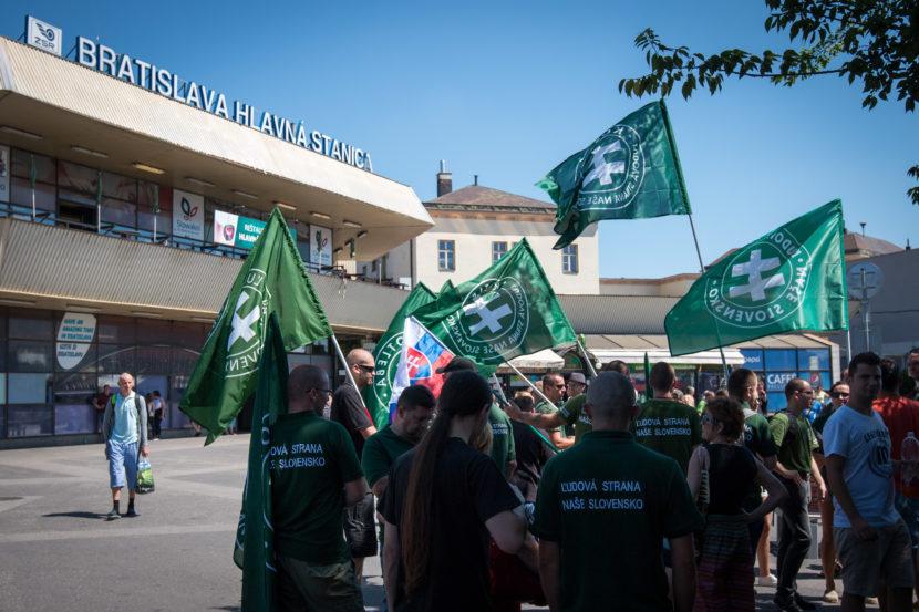 Na Kotlebovom proteste sa stretli desiatky ľudí: Urážlivý názov akcie