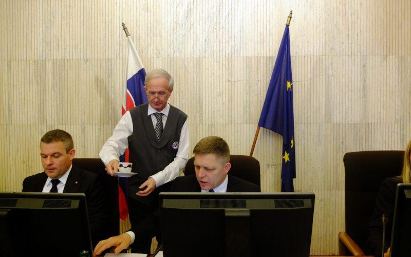 Začína sa séria výjazdových rokovaní vlády, prvé je v Sabinove