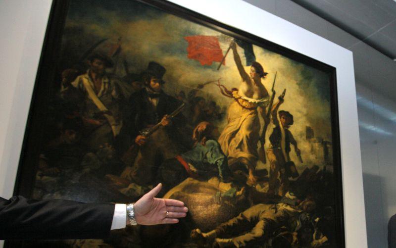 Francúzsky premiér to prehnal: Za holé prsia mu vynadali do kreténov!
