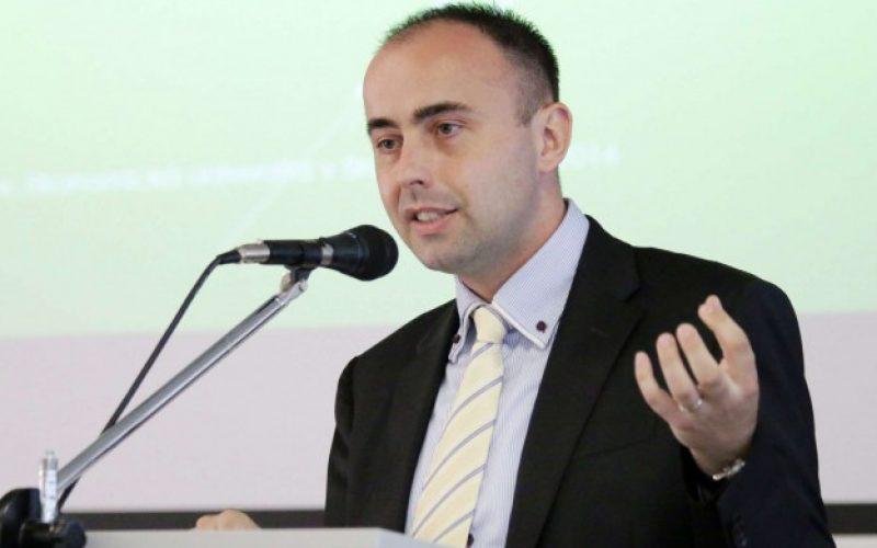 Komentár Radoslava Štefančíka: Toto bola len príprava, rok 2017 bude katastrofa