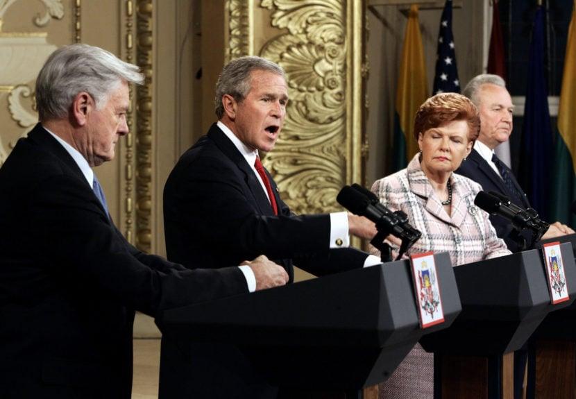 Bush sa opäť raz predviedol: Ľudia a ryby môžu žiť v mieri!