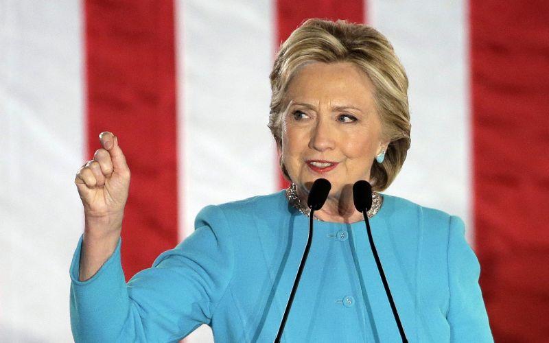 Nahnevaní priaznivci Hillary Clintonovej: Pobúrilo ich vtipné VIDEO