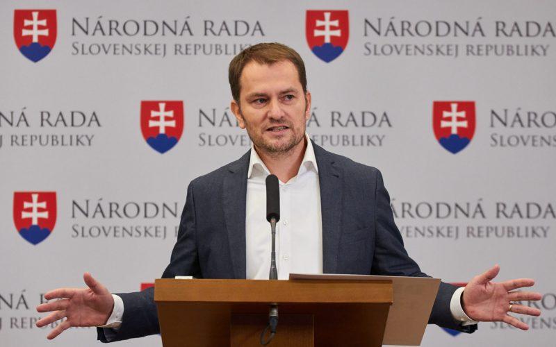 Matovič sa bráni obvineniam, podal trestné oznámenie na Rašiho