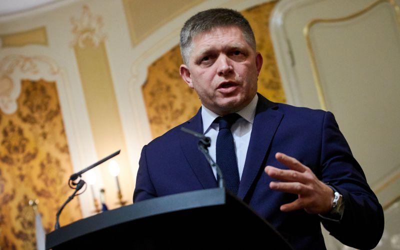 Fico o horúcich témach: Nemá nič proti rozšíreniu návrhu o ďalšie amnestie