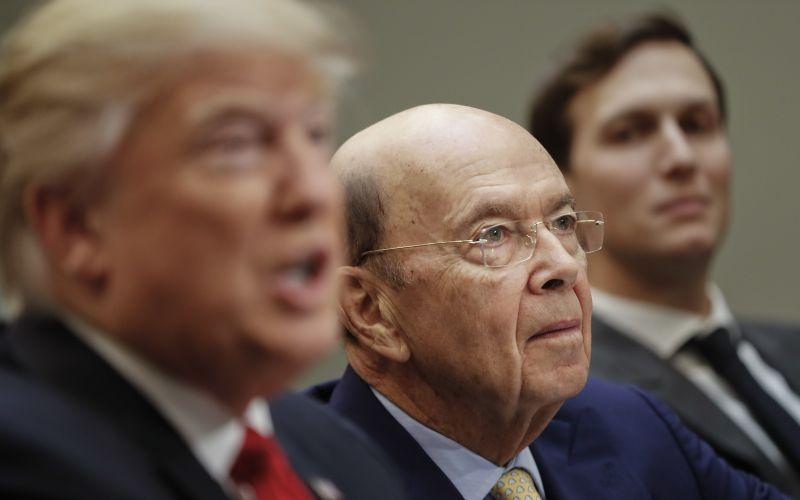 Nový Trumpov minister: Miliardár s rozsiahlymi obchodnými vzťahmi