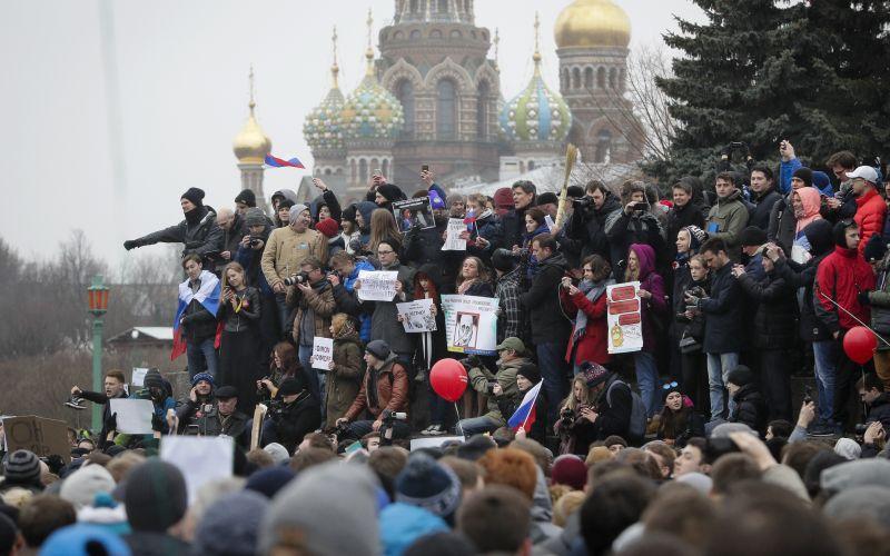 Policajti proti demonštrantom: Takto sa protestovalo v Rusku