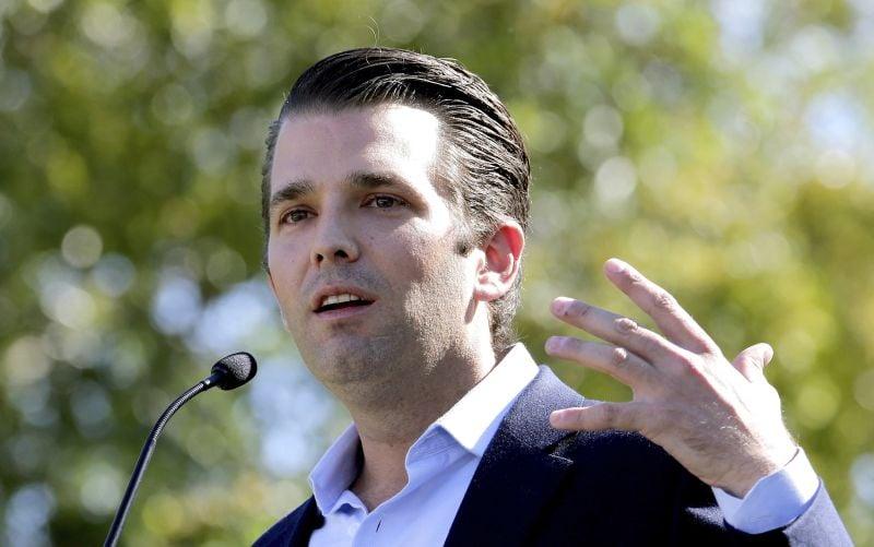 Trumpov syn si spomenul. S ruskou právničkou hovoril aj o Clintonovej