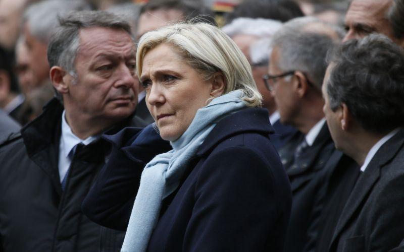Le Penová končí ako šéfka svojej strany. Chce sa sústrediť na voľby