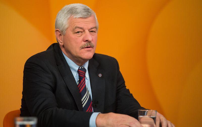 Šéf Trnavského samosprávneho kraja: Župa má dlh 44 miliónov eur