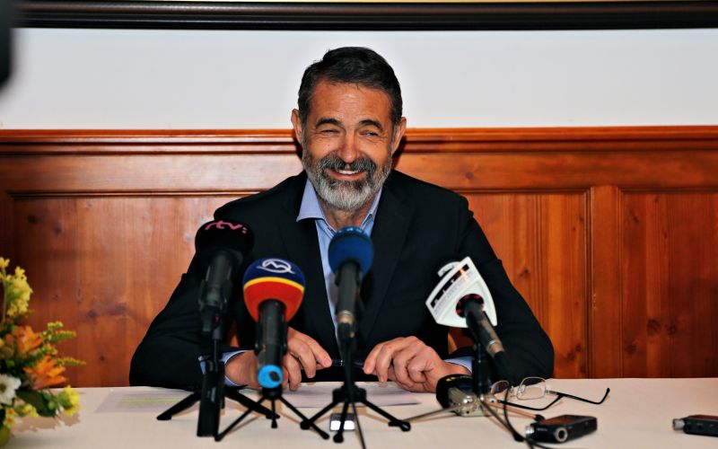 Podľa Saktora je iniciatíva Mičeva v BBSK odsúdená na neúspech