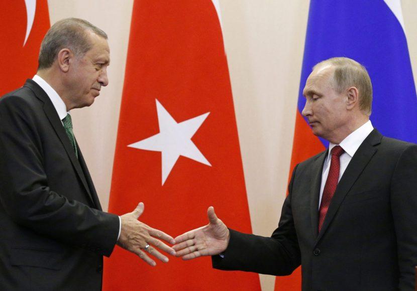 Putin a Erdogan sa zhodli na hlbšej spolupráci