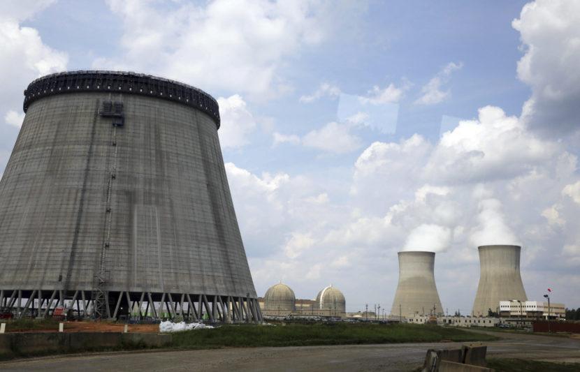 Švajčiarsko rozhoduje o budúcnosti jadrových elektrární