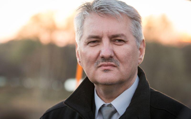Šéf ÚPN Krajňák nebol poplatný vláde, preto musí odísť, tvrdí OĽaNO