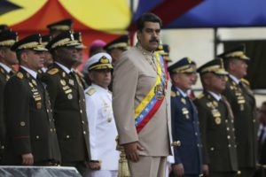 VIDEO Venezuela v ohni, protesty pokračujú: Na najvyšší súd mala zaútočiť helikoptéra