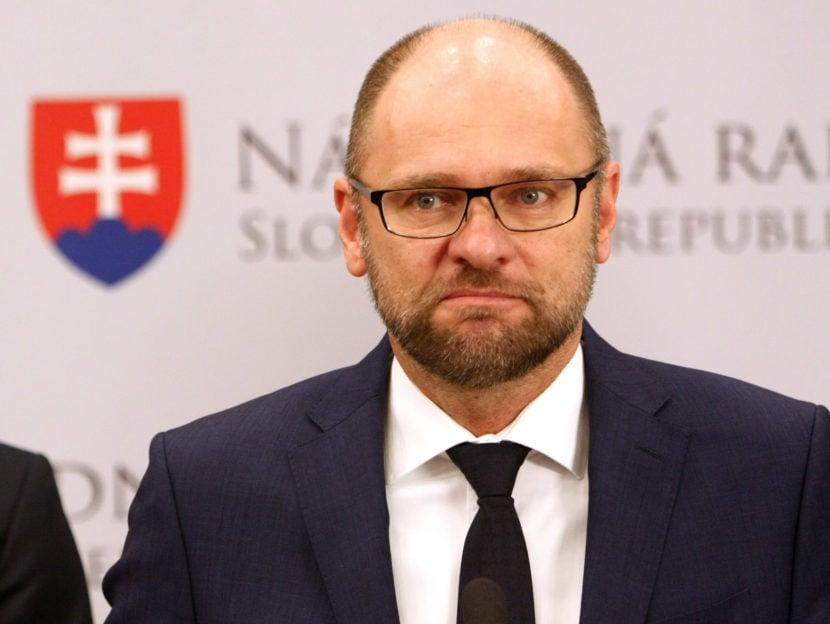 Naše riešenia sú aj pre občanov maďarskej národnosti, povedal Sulík