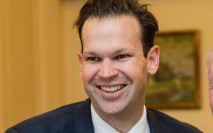 Trapas austrálskeho premiéra: Jeho minister odstúpil z kuriózneho dôvodu