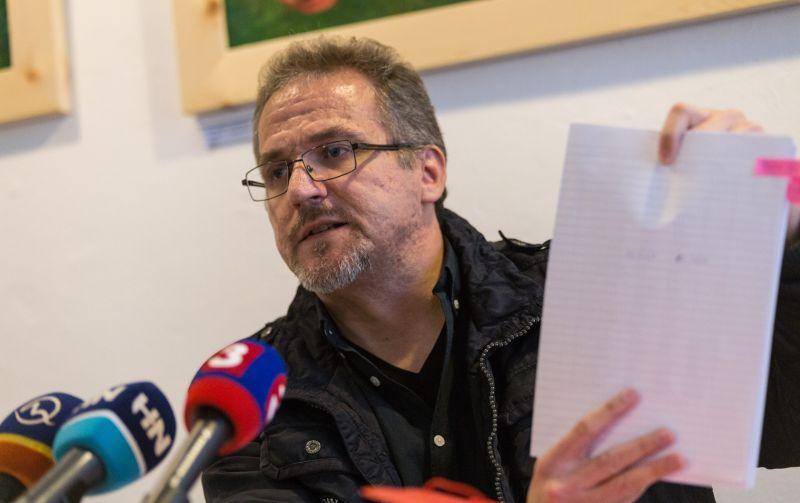 Kotlebovci obvinení z podvodu. Na úrade BBSK vraj porušovali zákon