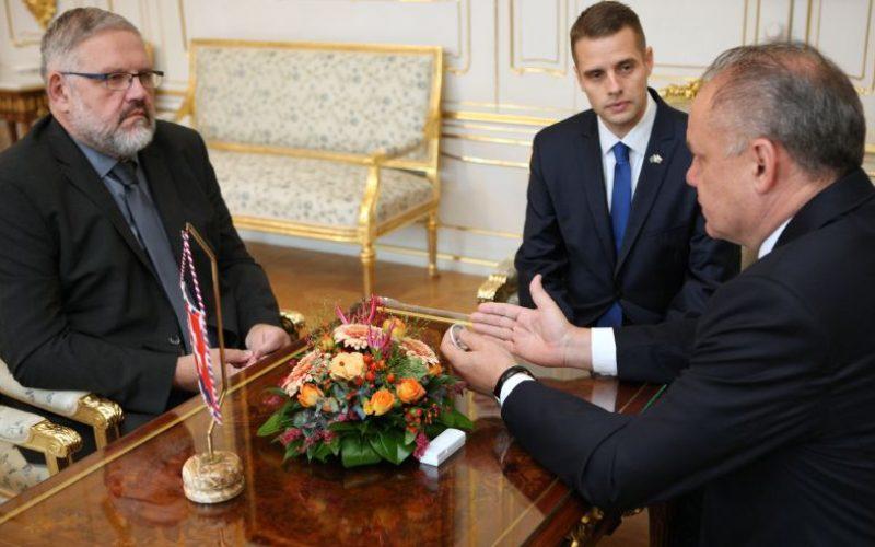 Prezident prijal Mičeva a Klusa: Poriadne sa pustil do kotlebovcov