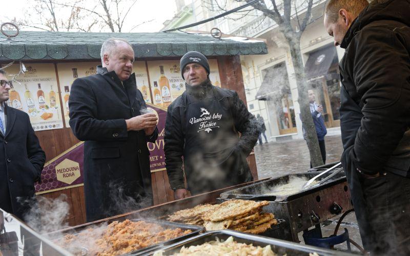 Kiska navštívil župana Trnku, venoval sa témam korupcie a školstva