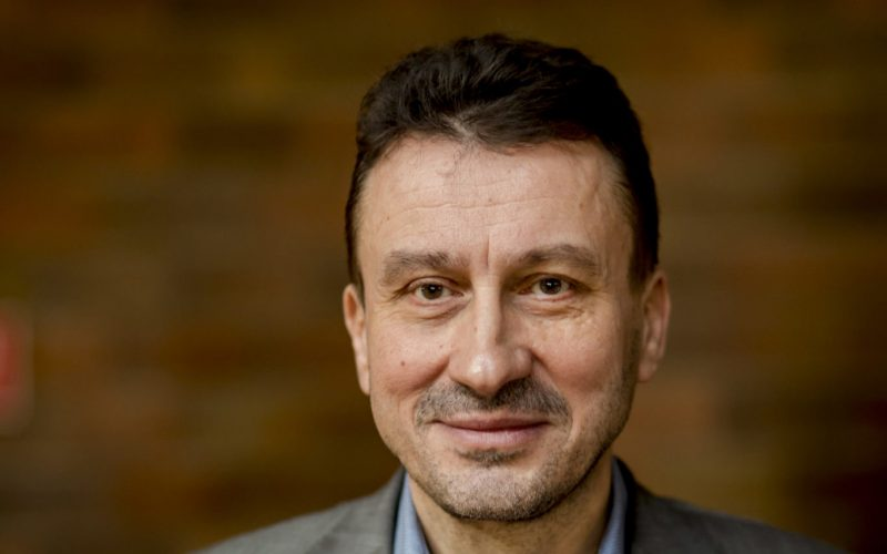 Verejnoprávny vysielateľ by mal mať investigatívnu reláciu, tvrdí šéf Rady RTVS