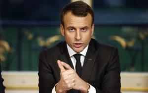 Macron chce obmedziť pesticídy, poľnohospodári protestujú