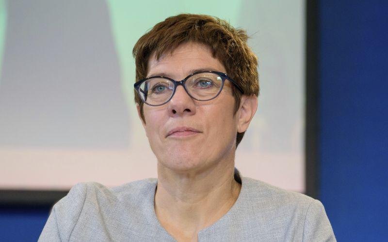 Havária známej političky, Merkelovej kolegyňa skončila v nemocnici