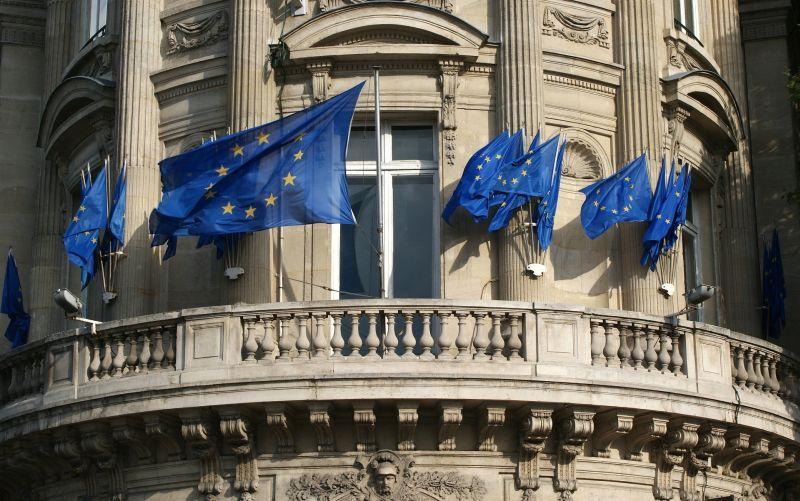 Experti sa pokúsia získať internet späť: Takto chce EÚ bojovať proti falošným správam