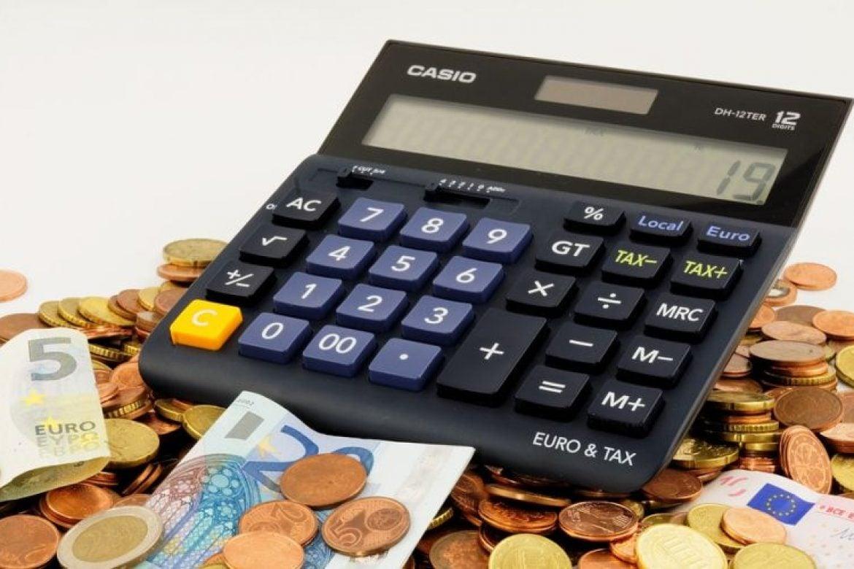 9c4bf9ab8000 BRATISLAVA – Online nákupy sa v súčasnej dobe stávajú pre Slovákov bežnou  vecou. Nasvedčuje tomu obrat internetových obchodov za rok 2017