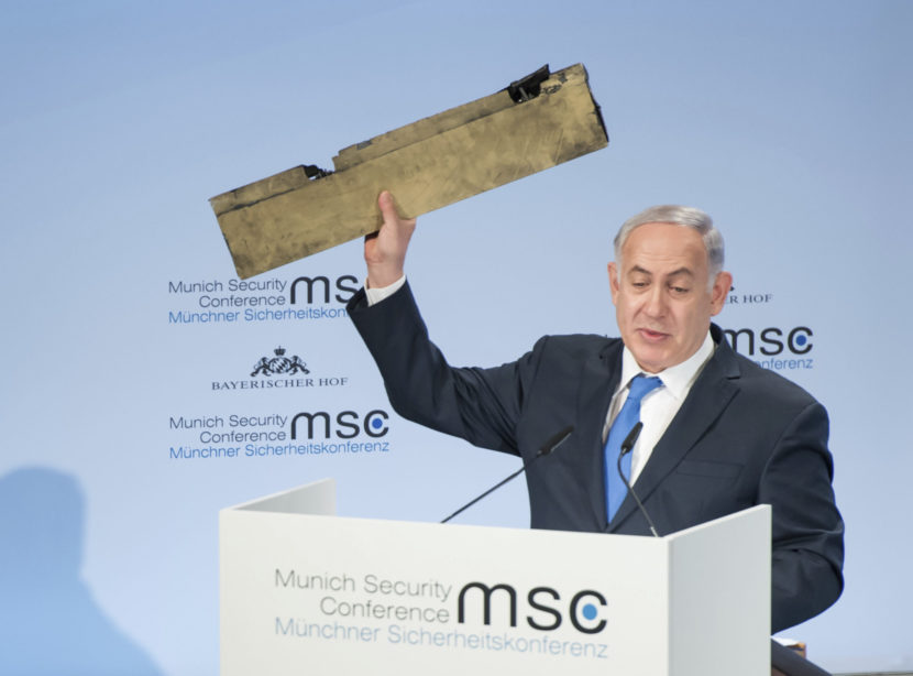 Netanjahu v Mníchove zaútočil na Irán: Zaríf to označil za cirkus