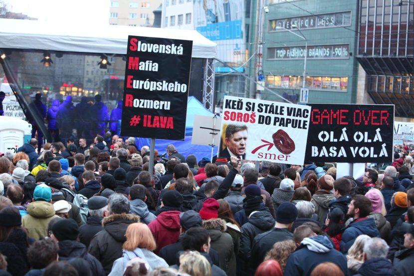 Odkaz organizátorov protestov Ficovi: Snaha odvrátiť pozornosť