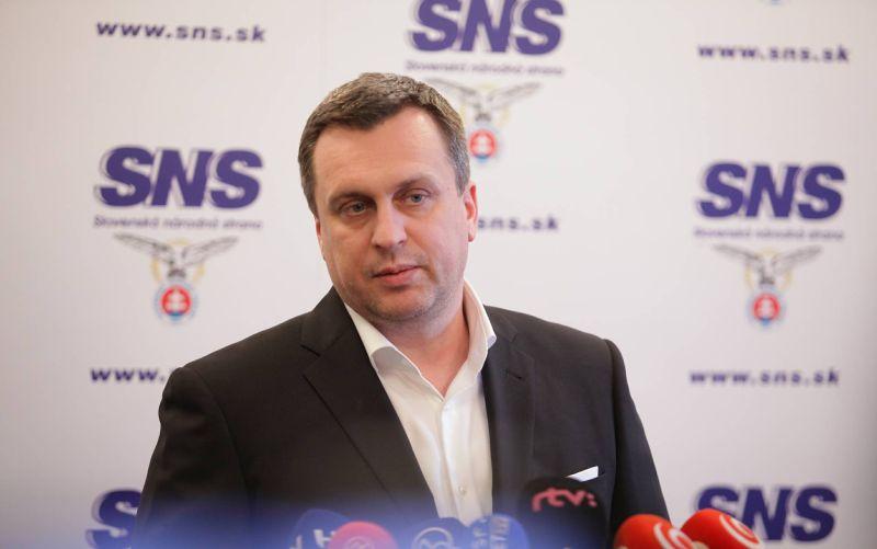 SNS je pripravená aj na predčasné voľby, tvrdí Danko