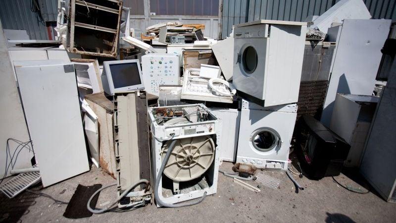 Jarný zber nebezpečného odpadu z domácností