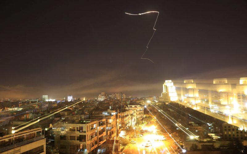 USA, Británia a Francúzsko zaútočili na ciele v Sýrii