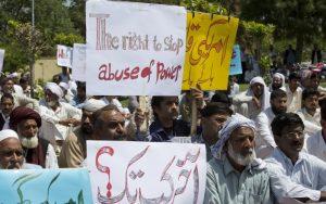 Americký diplomat nesmie opustiť Pakistan, zabil človeka