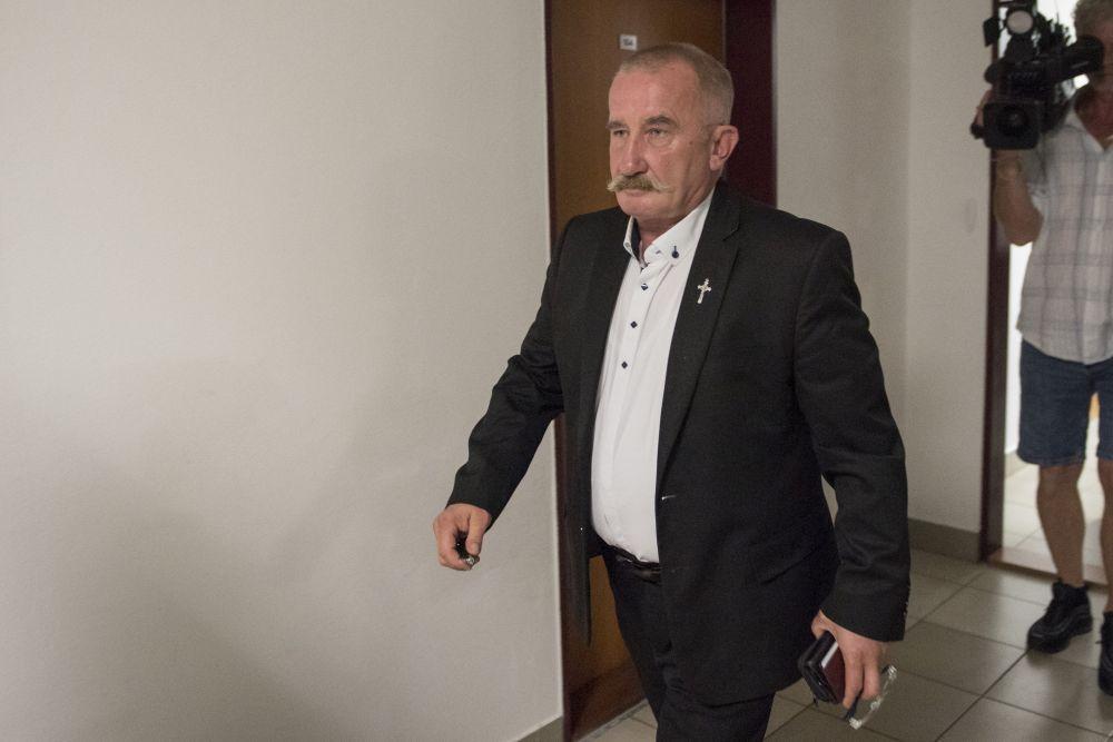 Mizík mal žiadať políciu o vypátranie autora statusu, tvrdí Hrabko. Rozhodnutiu súdu nerozumie | Glob.sk