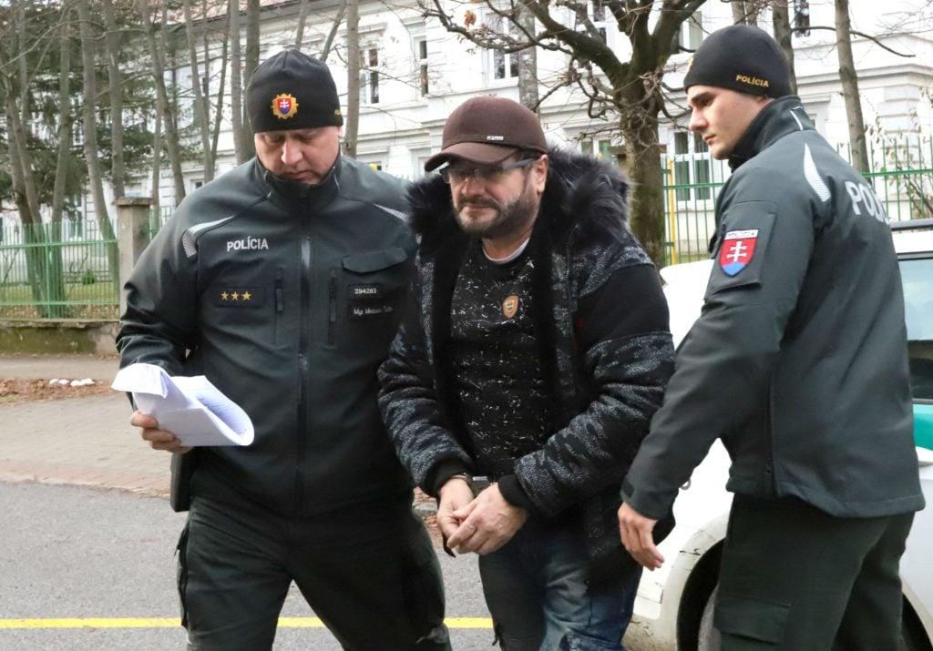 Tri roky hľadaný podnikateľ Šajgal zostáva vo väzbe. Je stíhaný v kauze vraždy Jána Kubašiaka | Glob.sk
