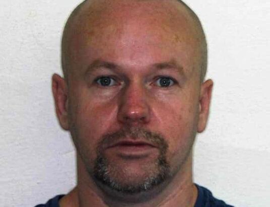 Policajti pátrajú po 49-ročnom Jaroslavovi Šiškovi.